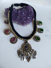 Load image into Gallery viewer, Kuchi Necklace - Minxes' Trinkets