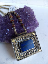 Load image into Gallery viewer, Kuchi Lapis Box Necklace - Minxes' Trinkets
