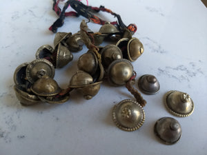Kuchi Buttons - domed with nipple 25 per pack - Minxes' Trinkets