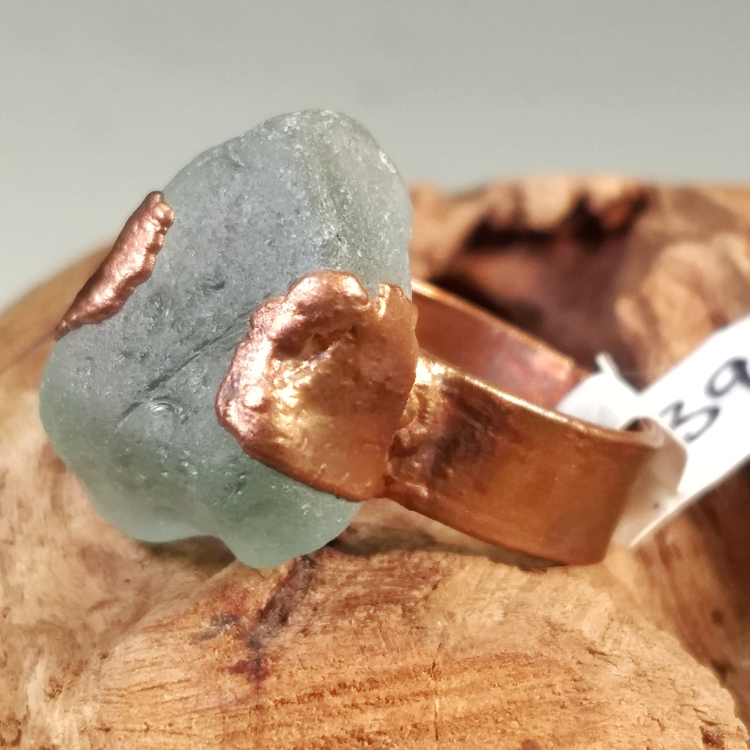 Chesapeake Bay Aqua Seaglass Ring - Copper Electroformed - Size 9.5 - Minxes' Trinkets