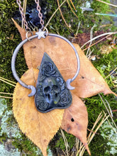 Load image into Gallery viewer, Electroformed Skull and Roses Bone Planchette Necklace - Minxes' Trinkets