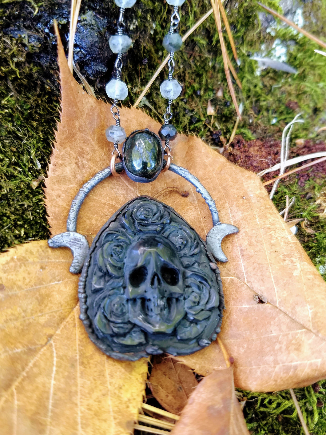 Electroformed Skull and Roses Bone Planchette Necklace with Black Diopside I - Minxes' Trinkets