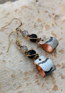 Handmade Vintage Halloween Earrings - Bats - Minxes' Trinkets