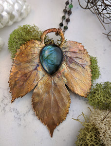 Electroformed Winter Hop Leaf with Labradorite - Minxes' Trinkets