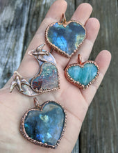 Load image into Gallery viewer, Electroformed Labradorite Heart Necklace II - Minxes' Trinkets
