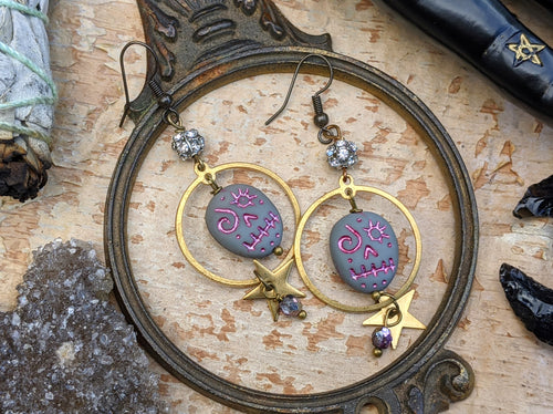 Sugar Skull & Star Earrings - Grey/Pink