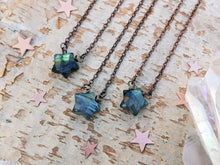 Load image into Gallery viewer, Labradorite Star Necklace