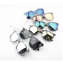Load image into Gallery viewer, CARLIE  MIRRORED SUNNIES SGD14