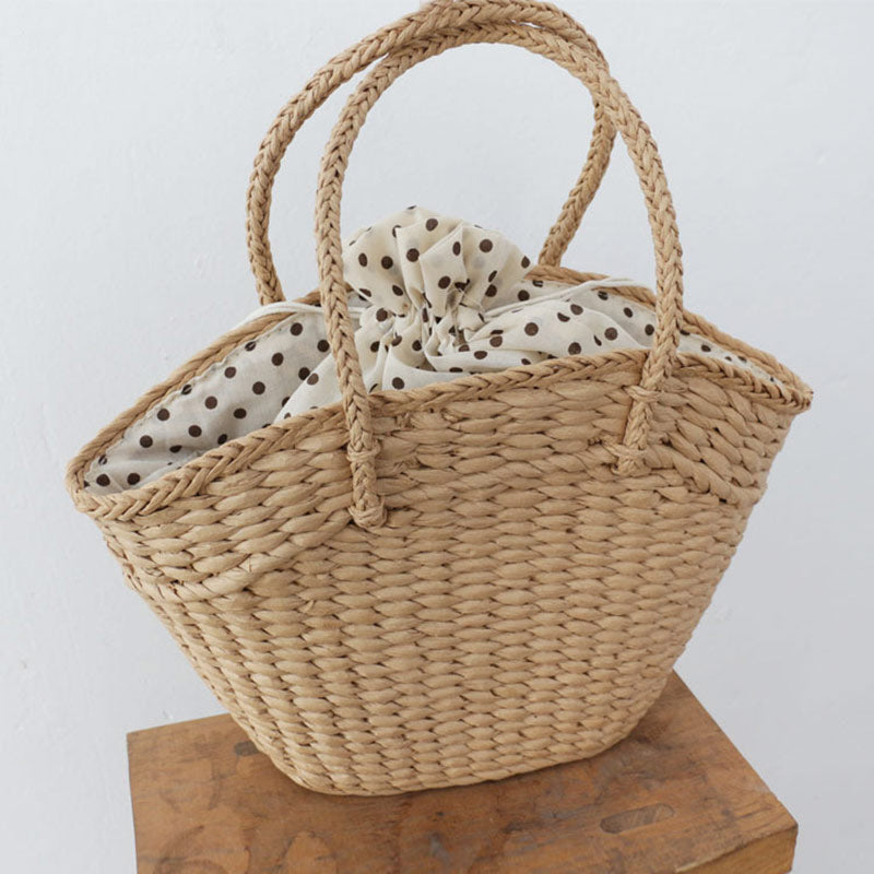 Woven basket beach bag moooden
