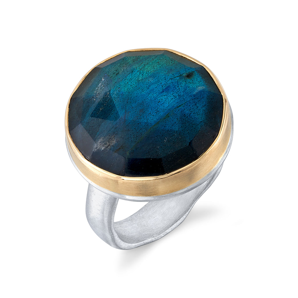 LABRADORITE RING ON GROOVY BAND
