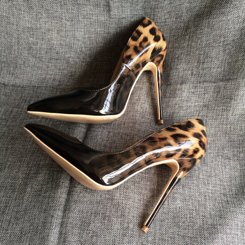 Fashionable Leopard Print Pointed Toe Heels