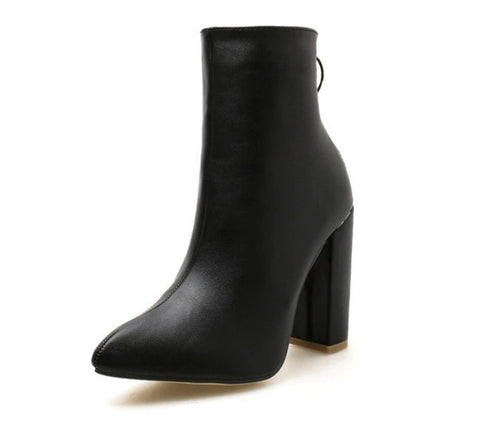 Ankle-High Pointed Fashion Boots