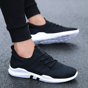 Lightweight Lace-up Casual Sneakers