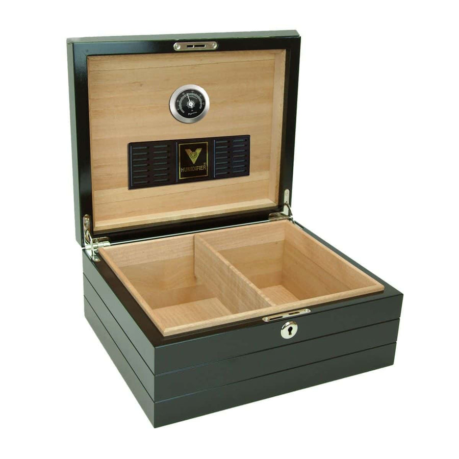 Onyx 50 Count Routed Edge Black Humidor