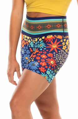 MALO little bit longer shorts - flower child blue poppy