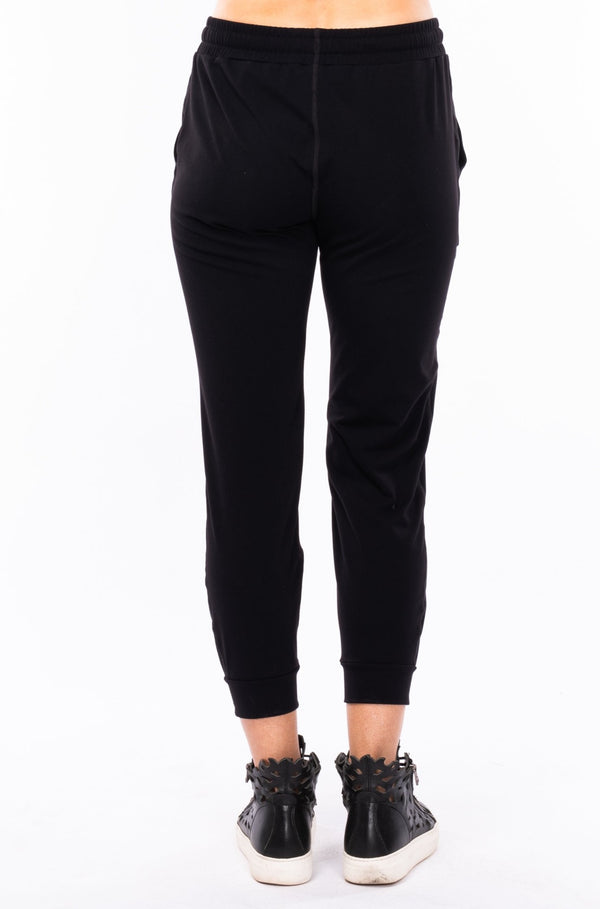 women's limitless jogger - black