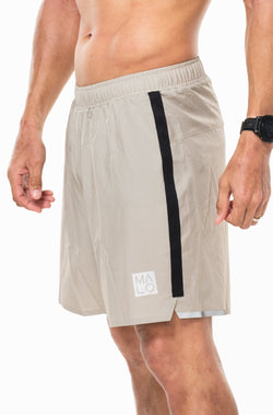 "MALO Noosa run short (7"") - sand/black"