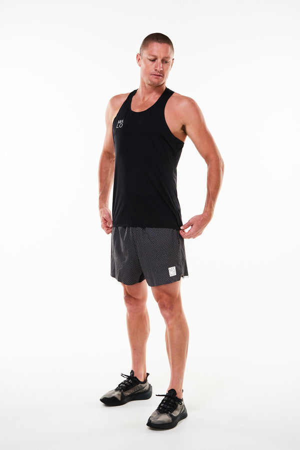 Men's Black Reflect Noosa Run Short. Black run shorts with mesh liner. Running shorts with 5.5 inseam.