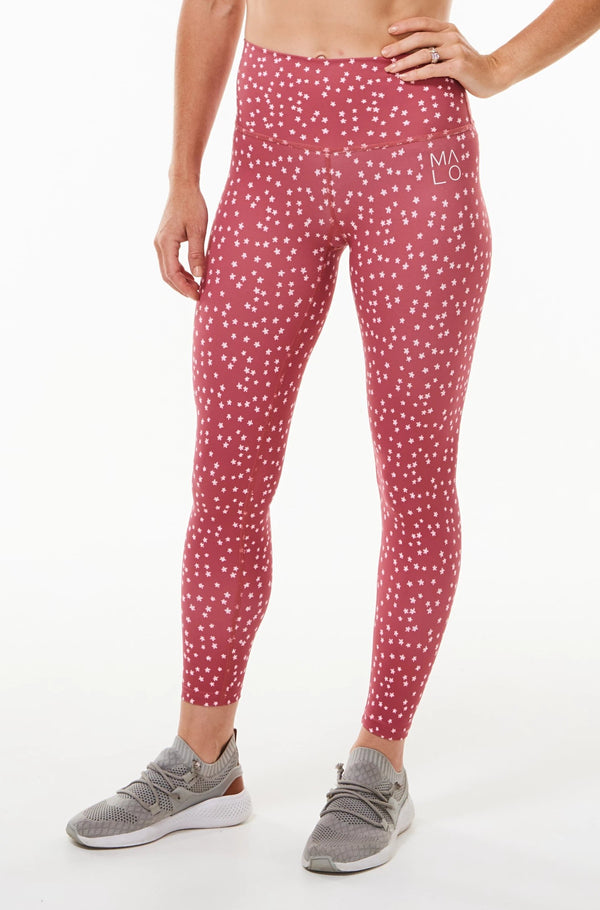 Nantucket Bloom 7/8 Leggings. Pink quick-dry leggings with daisy print. Athleisure leggings.