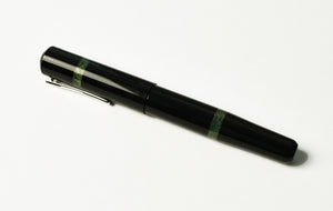 Model 19 Black & Diamondcast Green Fountain Pen
