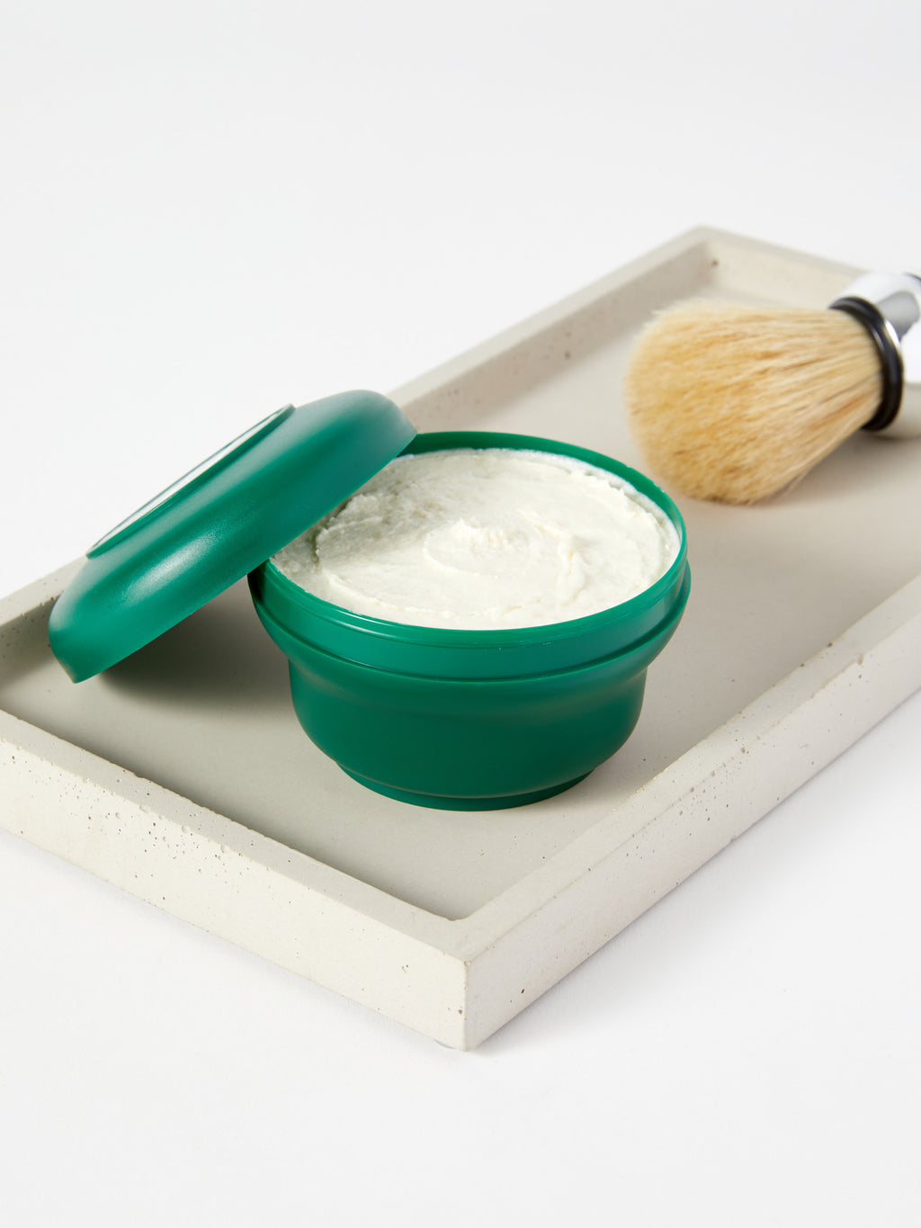 SHAVING SOAP IN A BOWL: REFRESHING & TONING
