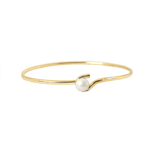 Delicate Pearl Bangle