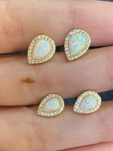 Load image into Gallery viewer, Teardrop Small Opal