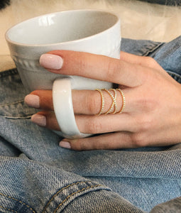 Wires Crossed Ring - Yellow Gold Lifestyle Photo