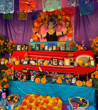 10 Best Ofrenda Altar items to celebrate Day of the Dead