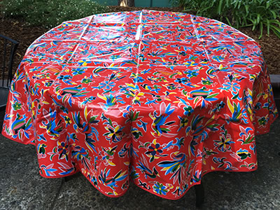 Round Oilcloth Tablecloth – Animales on Red