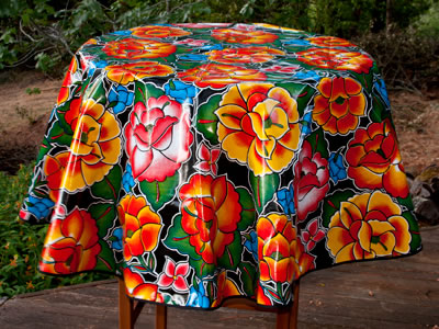 Round Oilcloth Tablecloth – Frida on Black