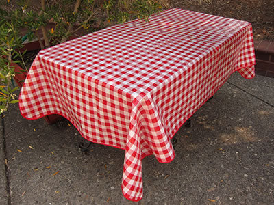 Picnic Table Oilcloth – Red Check