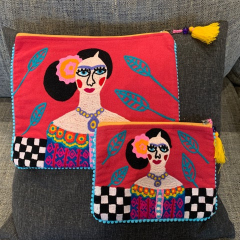Precious Pouches – Frida with Purple Cameo