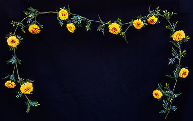 Silk Marigold Garland - Gold