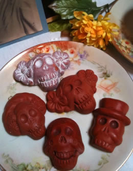 Frida Chocolate Skull Mold