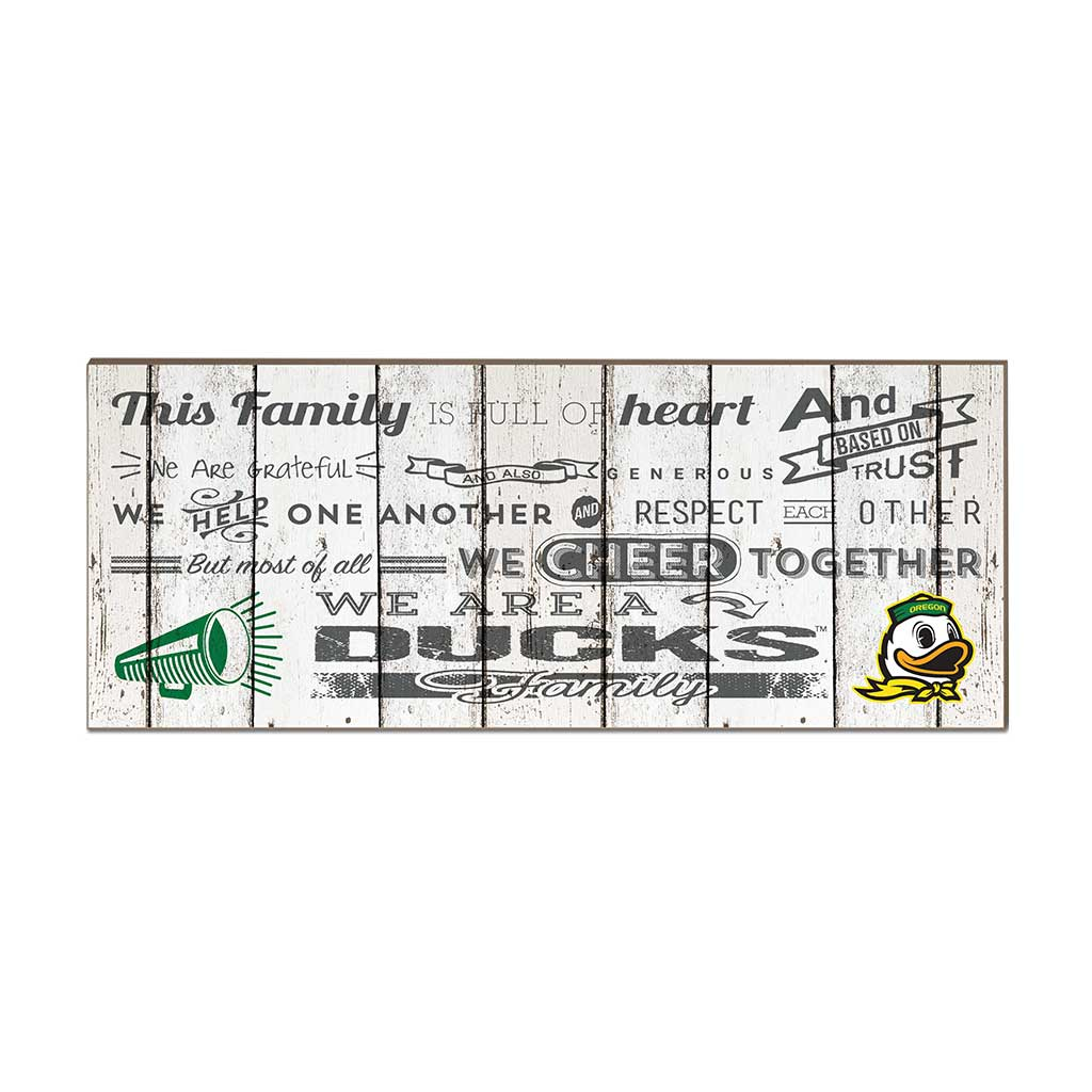 Small Weathered Family Cheer Oregon Ducks