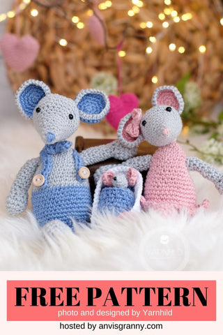 Straight Hooked Crochet Mouse Family YarnHild