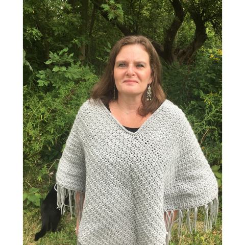 Nellie Poncho Jo's Crafty Hook