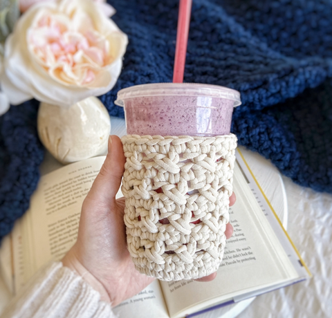 Straight Hooked XOXO Cold Cup Cozy Hooks Books and Wanderlust