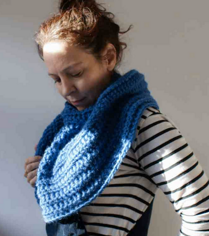 Practi-Cowl Capelet Dora Does Straight Hooked