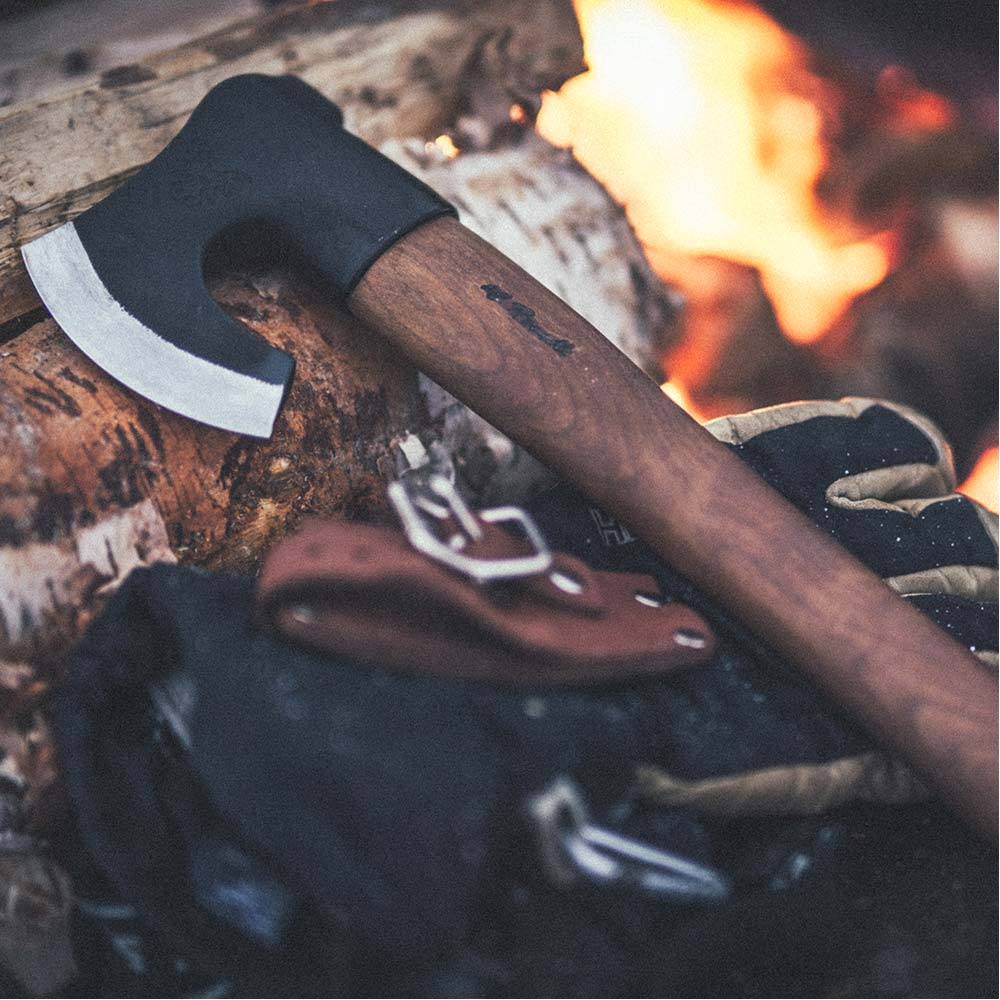 Axe, short handle, dark
