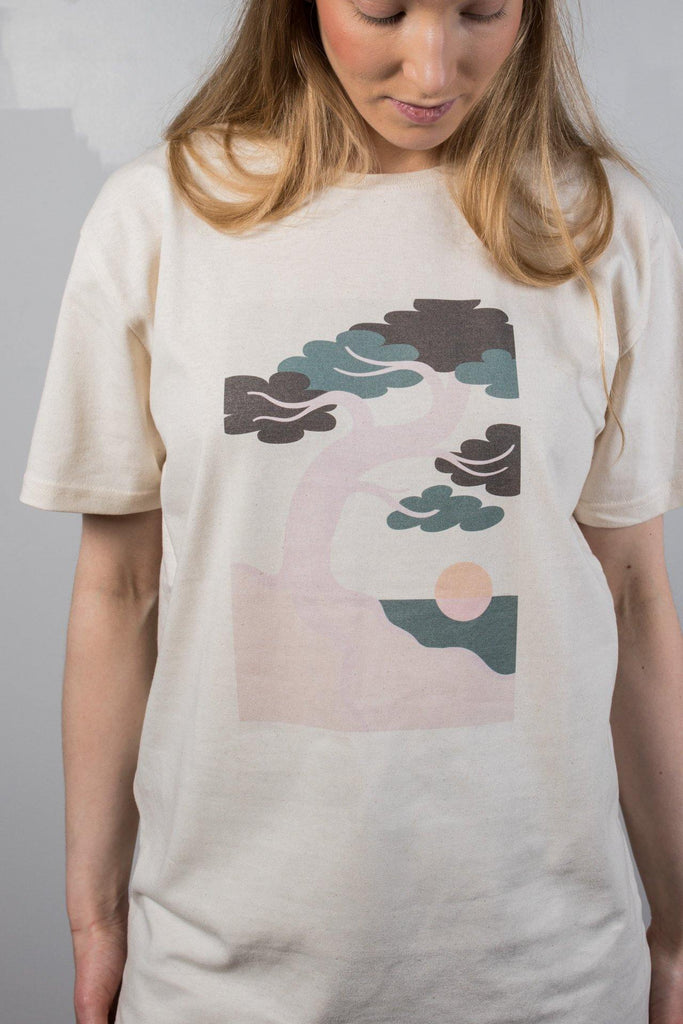 Try on our sustainable clothing T-shirt Pine Tree T-Shirt - Faded - MORICO