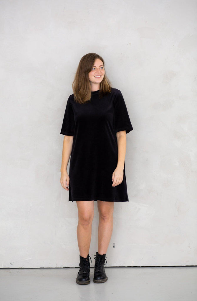 Juniper Dress - Black Velvet