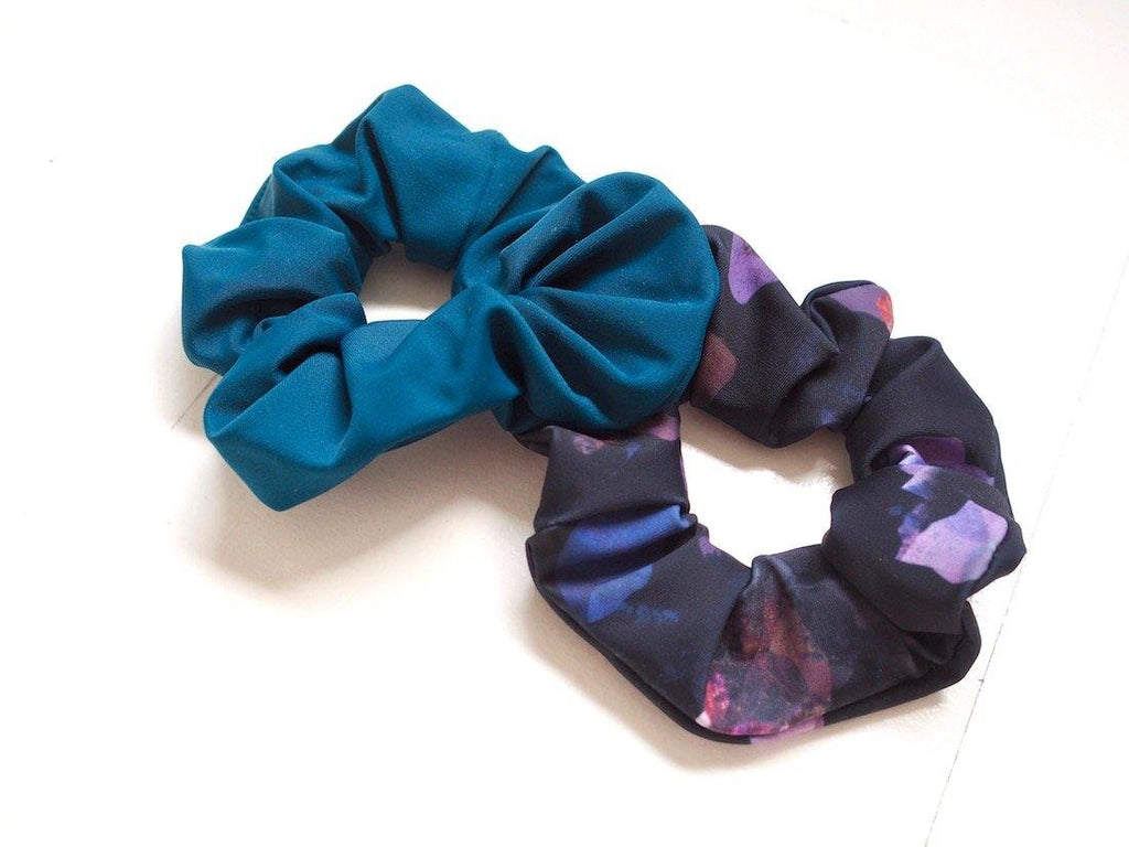 Try on our sustainable clothing Accessories Scrunchie - Ocean - MORICO