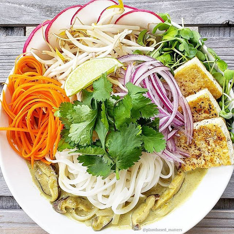 Perfect Earth Green Thai Curry Rice Noodle