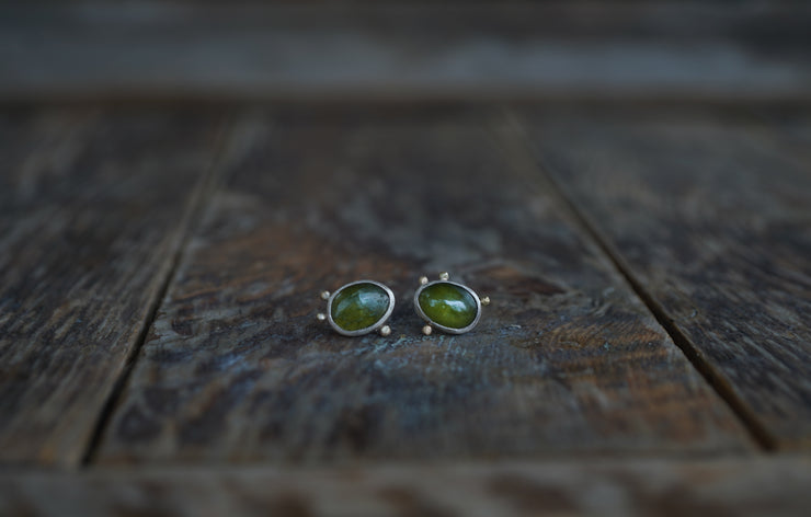 Cosmos Earrings. Vesuvianite + 18kt gold