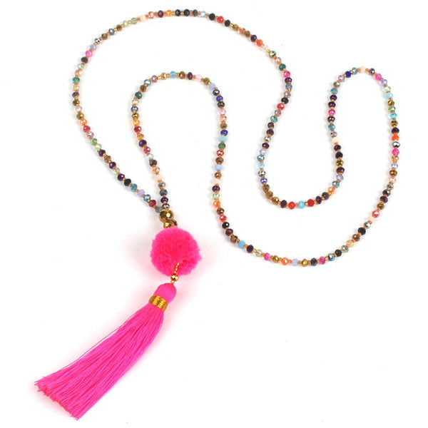 Collier perles pompons
