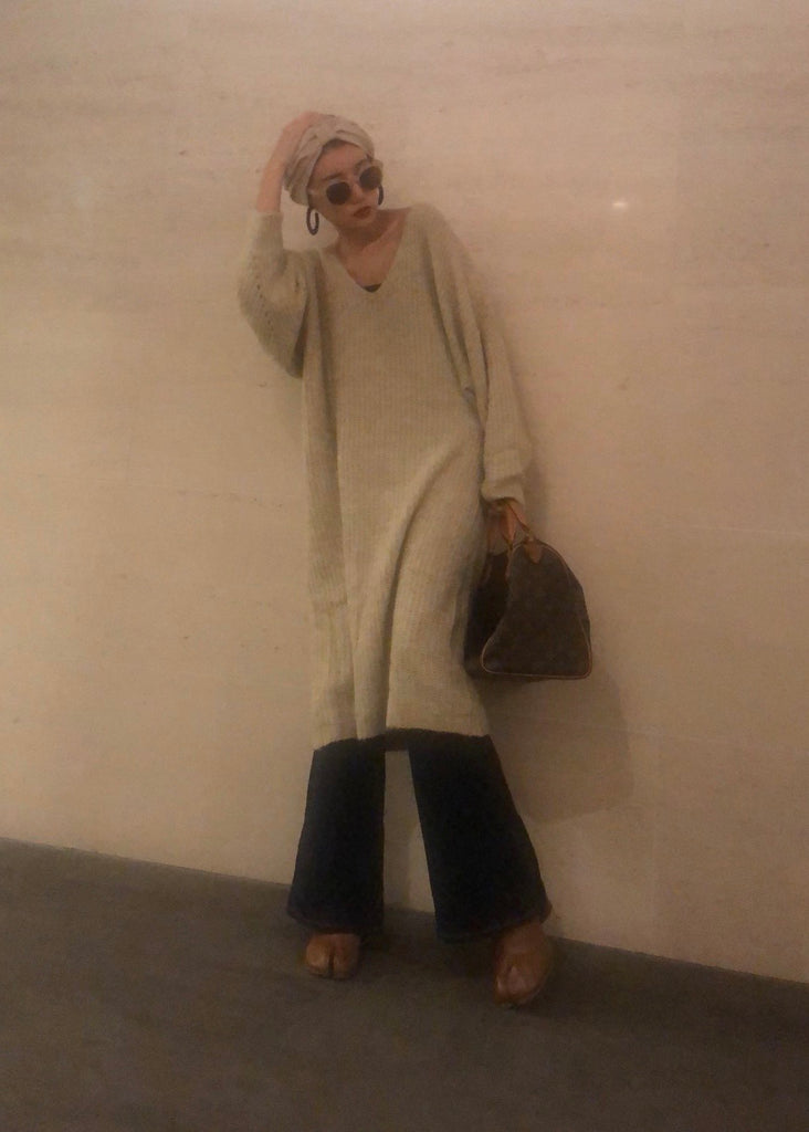 V-neck long knit [SH-215]