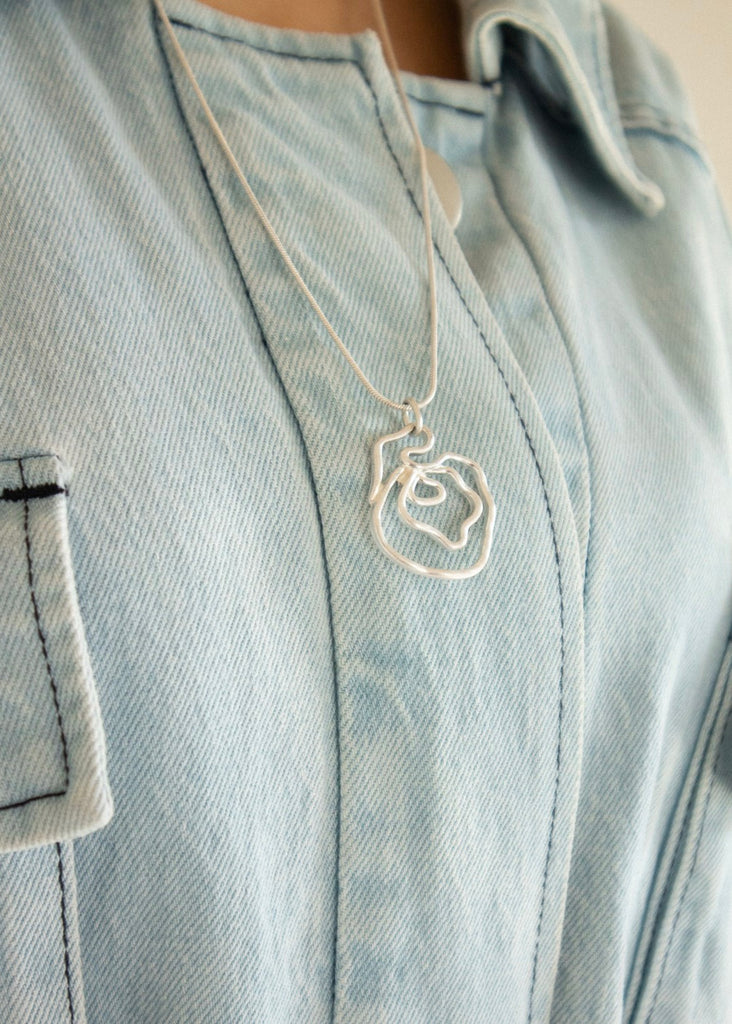 Rose deformed necklace [SH-A64]