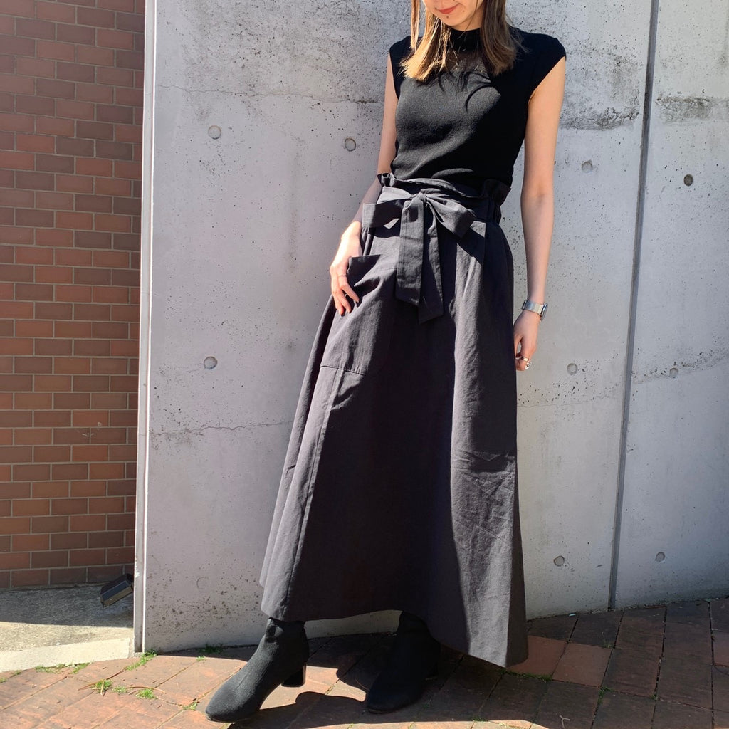 Waist ribbon long flare skirt